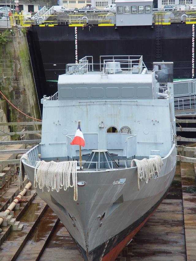 [Autre sujet Marine Nationale] Démantèlement, déconstruction des navires - TOME 1 - Page 5 19_aou18