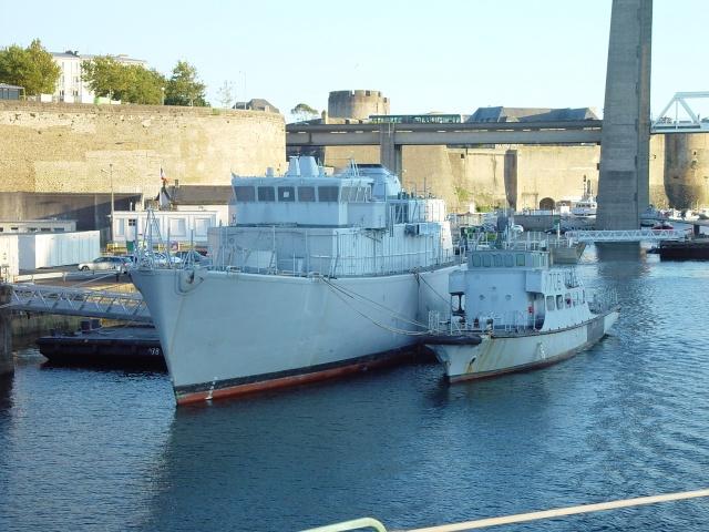[Autre sujet Marine Nationale] Démantèlement, déconstruction des navires - TOME 1 - Page 6 Fgs_rd14