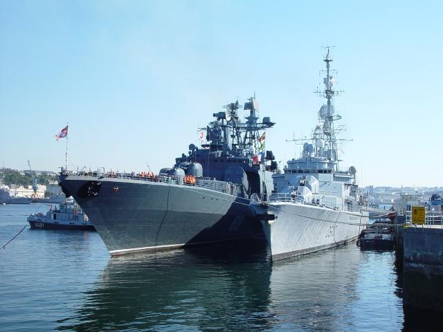 [Les ports militaires de métropole] Port de Brest - TOME 1 Frukus10