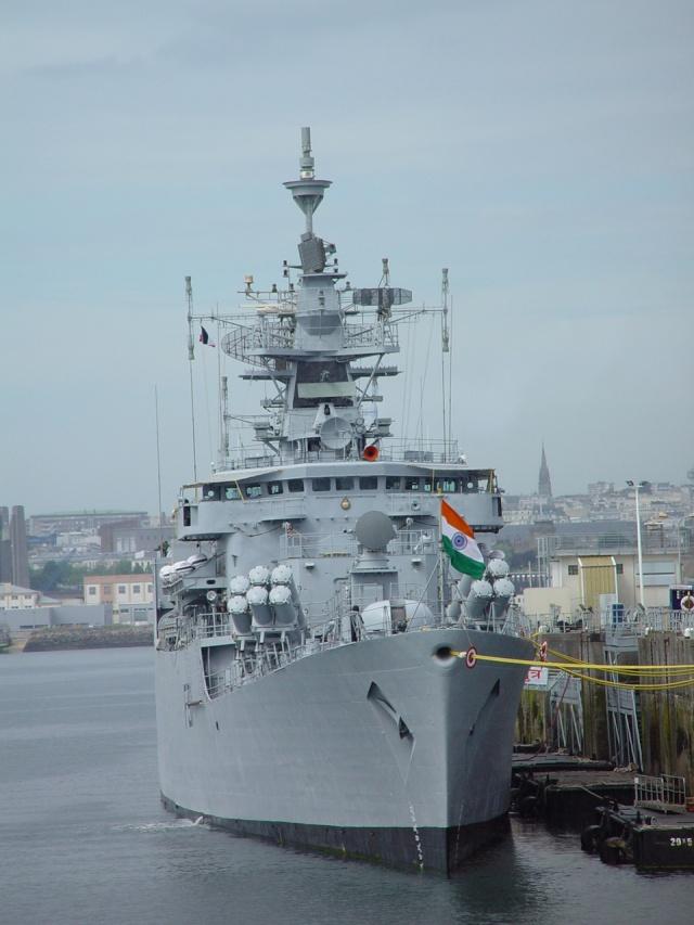 [Les ports militaires de métropole] Port de Brest - TOME 1 Ins_br10