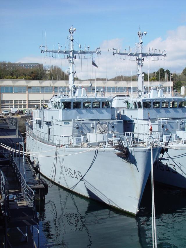 [Autre sujet Marine Nationale] Démantèlement, déconstruction des navires - TOME 1 Persae12