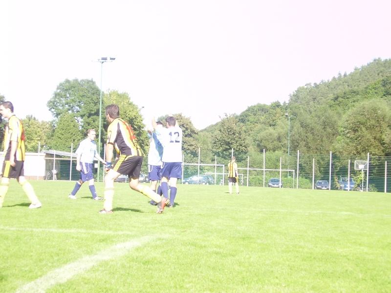 1.Spieltag: BaWa - SC Sinzig II 7:3 (2:3) P8220111