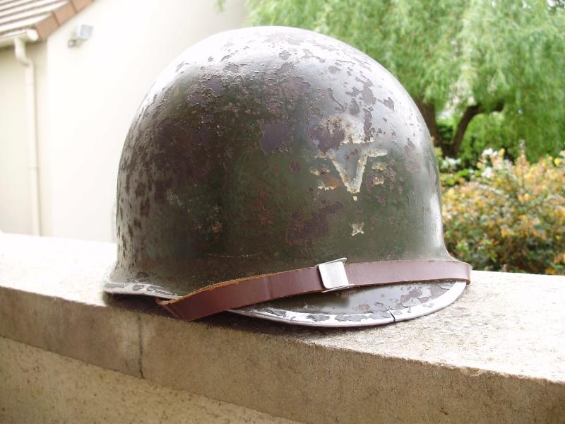RARE CASQUE US M1 D'UN CAPITAINE DU 1er RCP 1944 P4140010