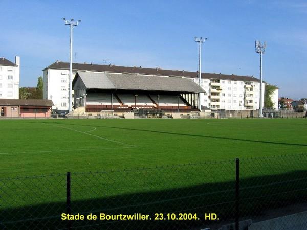 Le Stade de l'ILL - Page 2 18-rbo11