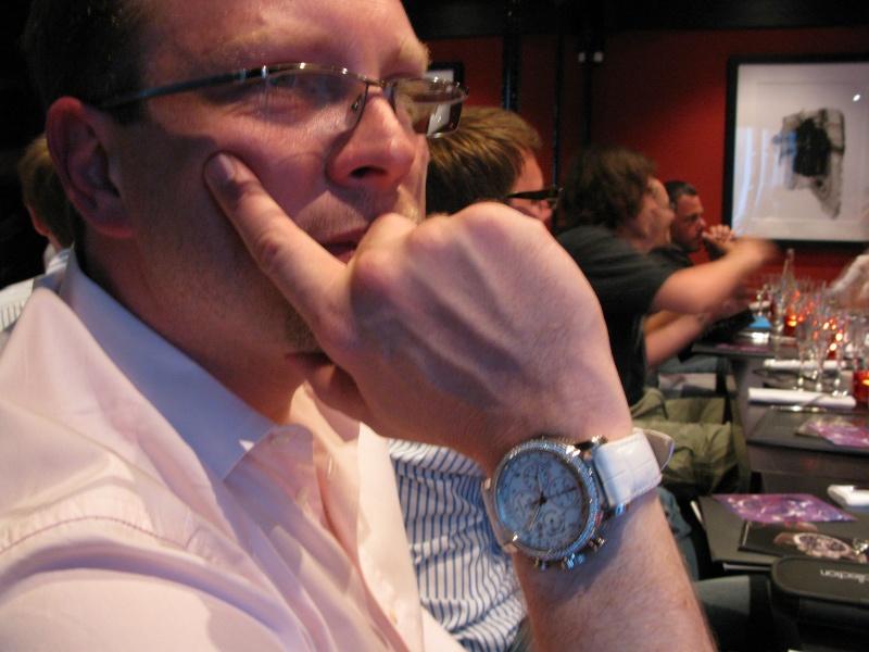 Comment retirer du vernis à ongles sur une montre ? Img_1616