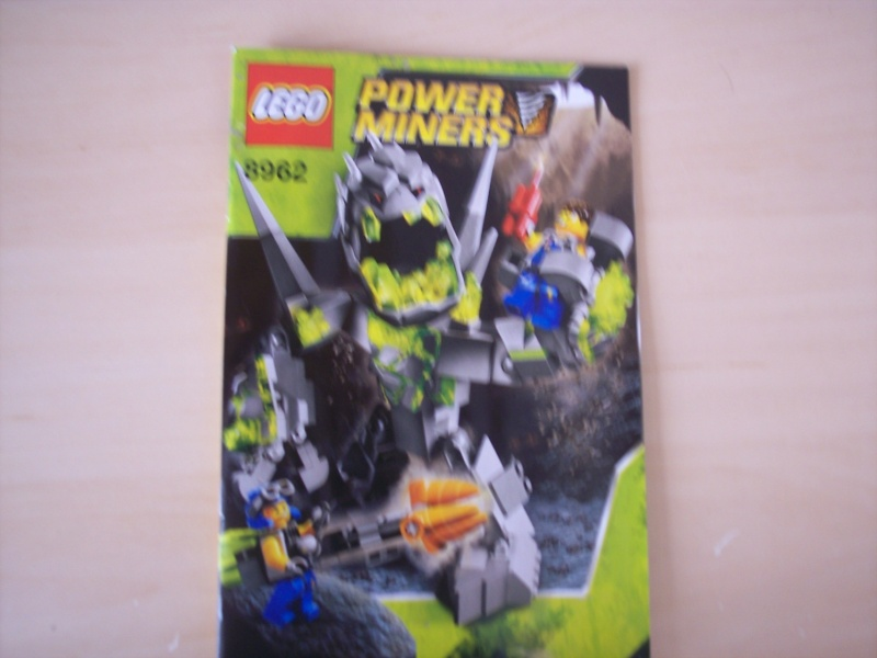 [Lego] Review Power Miners : Cristal King 100_3926