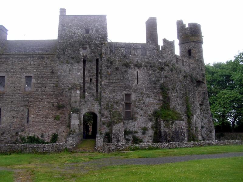 Le Château de PIROU 20080513