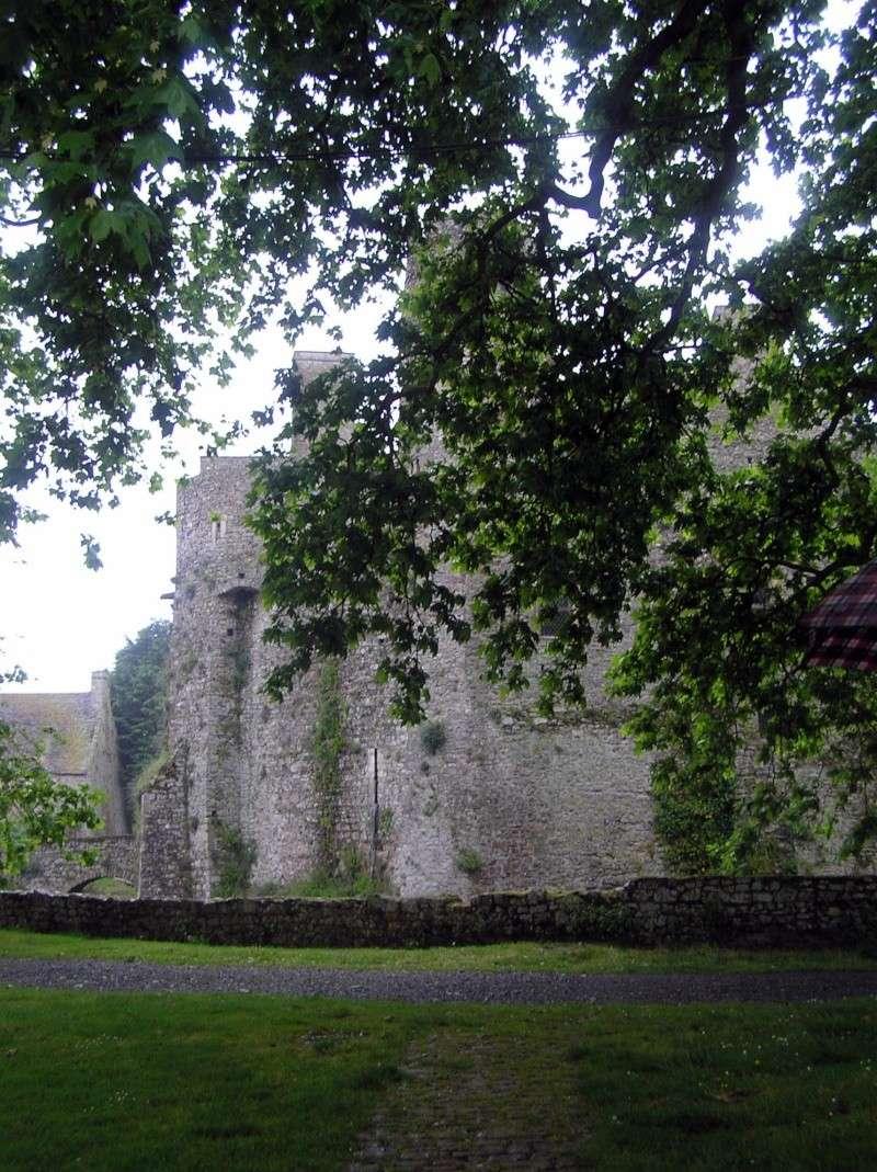 Le Château de PIROU 20080528