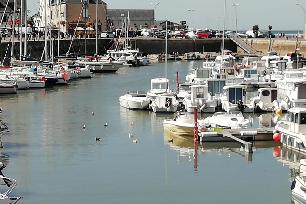 [Activité hors Marine des ports] LE CROISIC Port, Traict, Côte Sauvage... - Page 9 10_por10