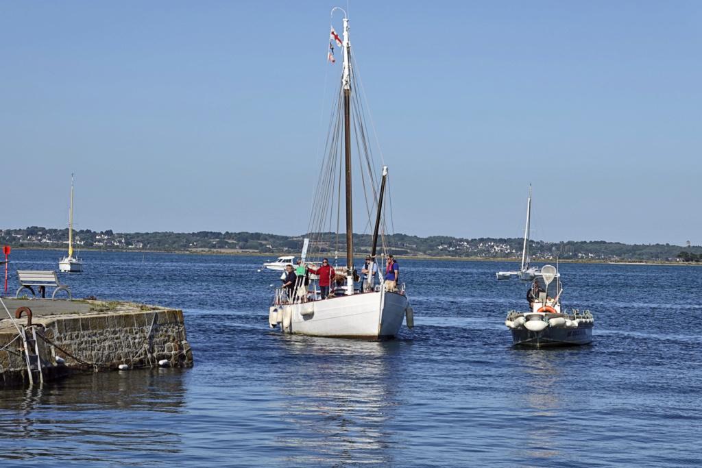 [Activité hors Marine des ports] LE CROISIC Port, Traict, Côte Sauvage... - Page 9 33_29_10
