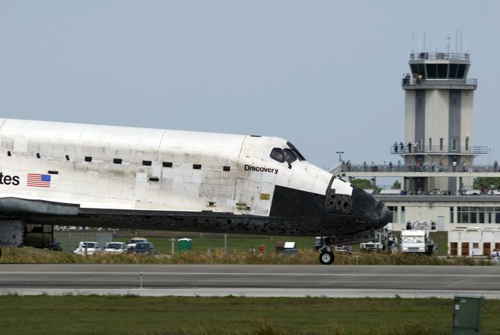 [STS-119] Discovery : retour sur Terre (19h14 GMT / 20h14 Paris) - Page 7 2009-210