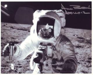 Astrophilatélie : 2 timbres français sur les 40 ans Apollo 11 Apollo16