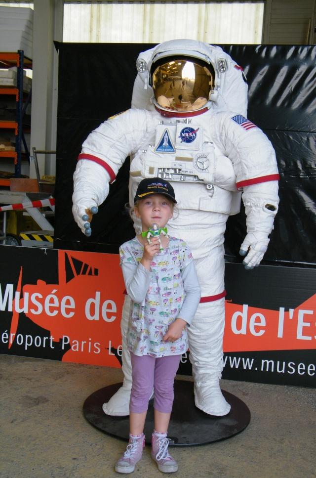 Buzz l'éclair est l'astronaute qui a passé le plus de temps dans l'espace ! Dscf1311