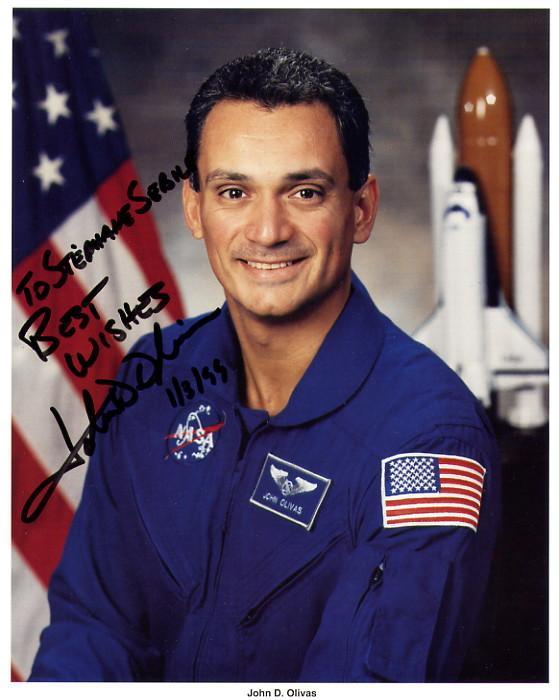 [STS-128] suivi EVA#1 (Stott & Olivas) Olivas10