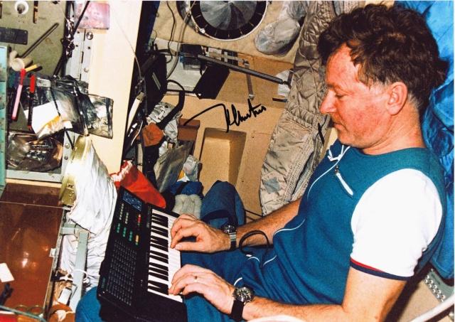 Buzz l'éclair est l'astronaute qui a passé le plus de temps dans l'espace ! Soyouz14