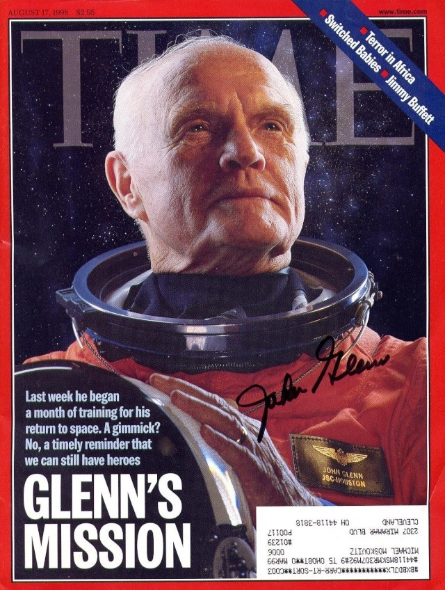 29 octobre 1998 / John Glenn retourne dans l'espace Sts-9511