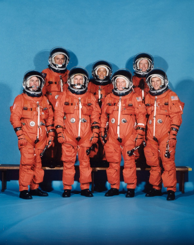 29 octobre 1998 / John Glenn retourne dans l'espace Sts-9512