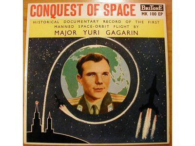 Youri Gagarine : cherche documents, oeuvres d'art, objets, etc. à son image Vostok12
