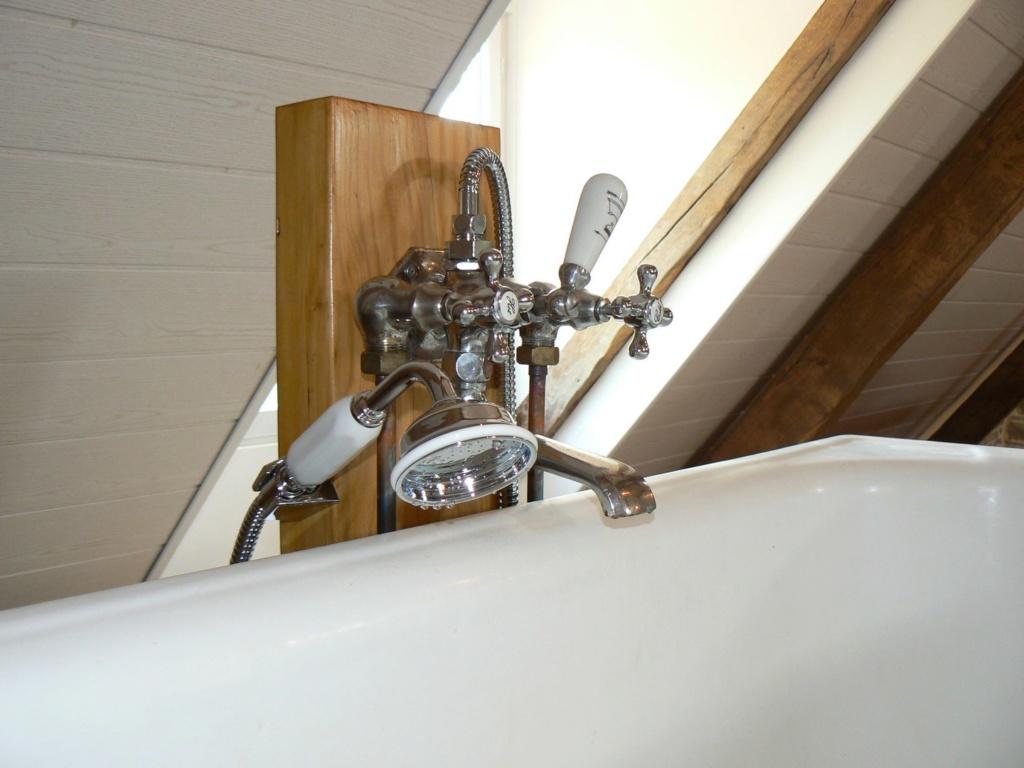 (tentative de) restauration robinet baignoire.. (fait..!) P1070012
