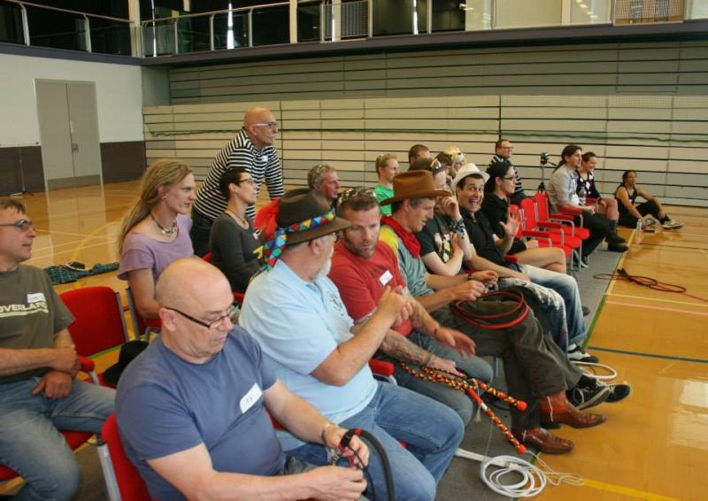 Deuxième Convention Whipcracking UK 10449310