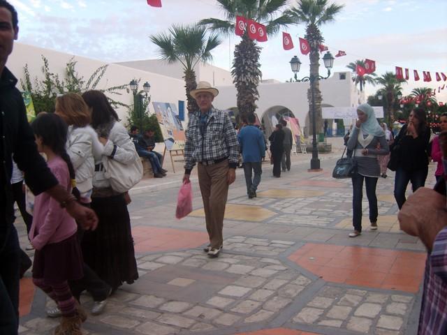 معرض تشكيلي بساحة الثقافة - نوفمبر 2009 Expo310