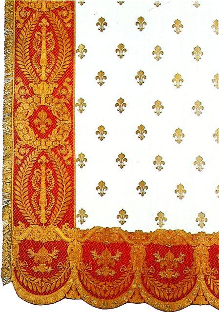 Exposition « Trônes en majesté, l'autorité et son symbole » - Page 7 Img03910