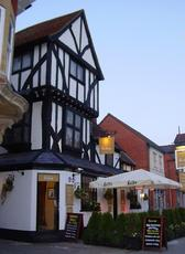 The BirdCage Thame Oxfordshire The_bi11