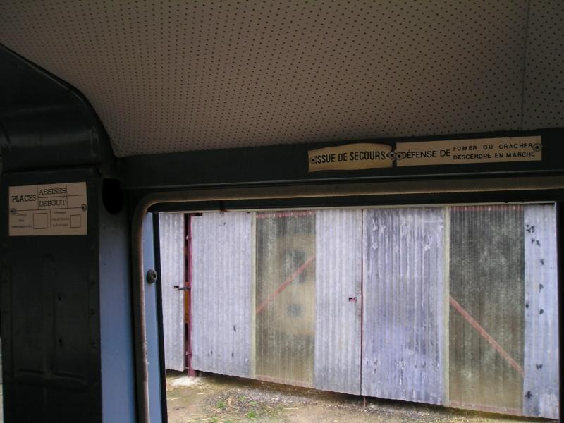 Présentation : HW CURRUS Mini-bus 18 places ( 1974) 1410