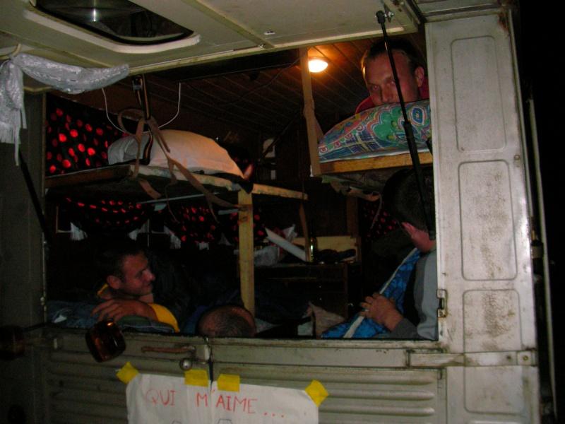 Présentation : HY 1960 camping car d'époque 22210