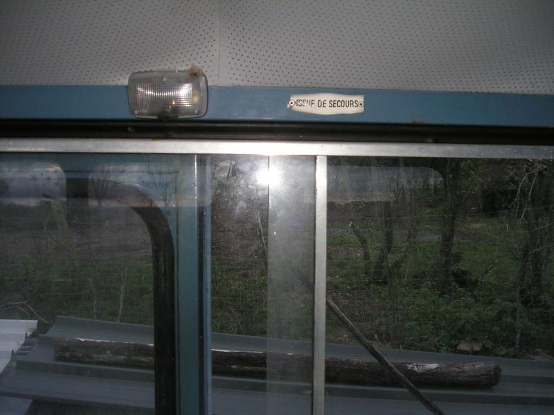Présentation : HW CURRUS Mini-bus 18 places ( 1974) 3410