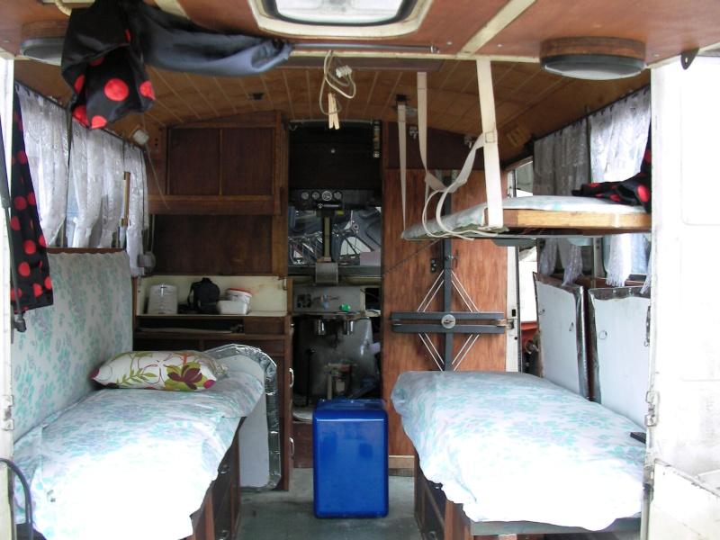 Présentation : HY 1960 camping car d'époque Sany5723