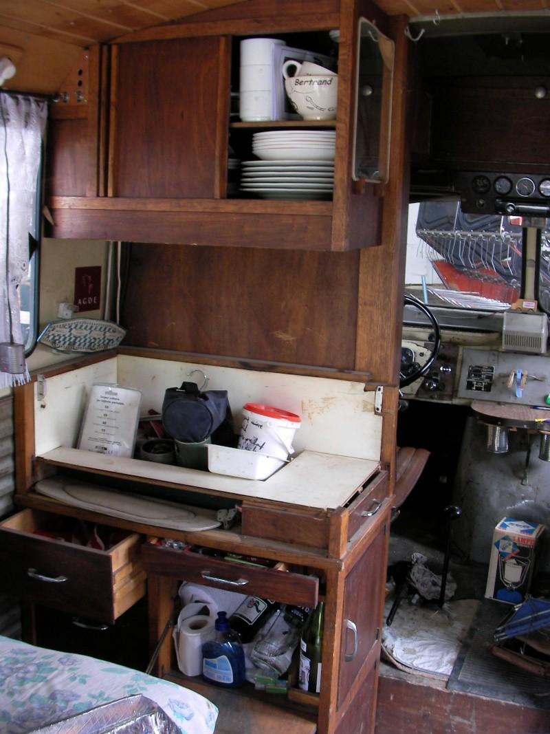 Présentation : HY 1960 camping car d'époque Sany5727