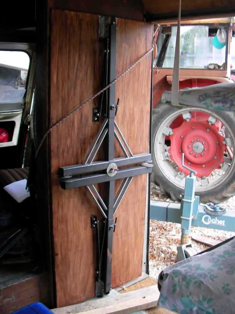 Présentation : HY 1960 camping car d'époque Sany5728