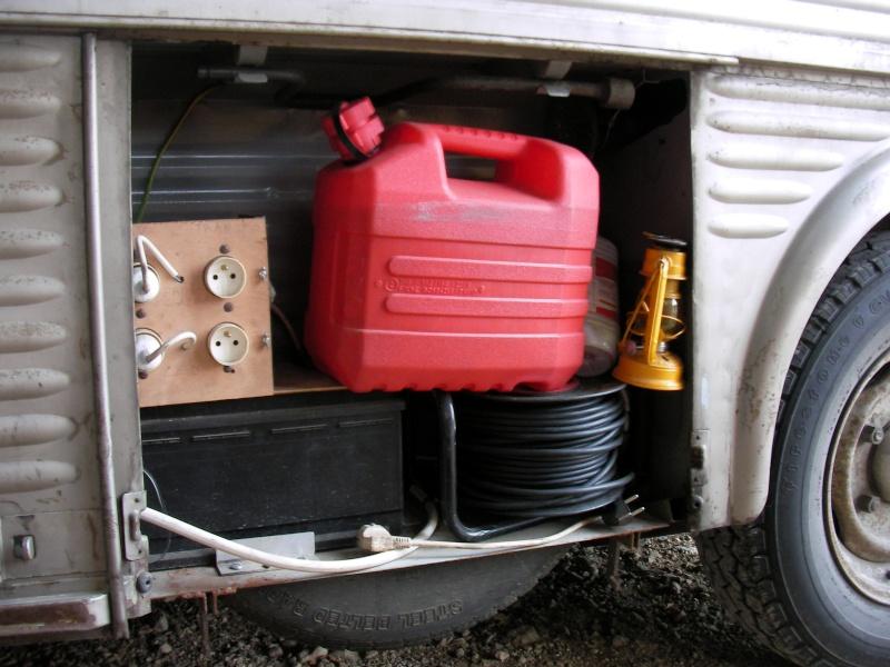 Présentation : HY 1960 camping car d'époque Sany5732