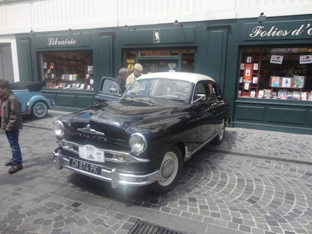 Exposition anciennes voitures des films/series TV a Noisy le Grand Dsc01317
