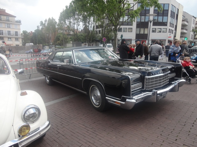 Exposition anciennes voitures des films/series TV a Noisy le Grand Dsc01323