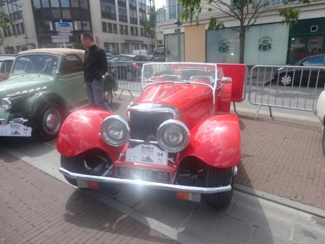 Exposition anciennes voitures des films/series TV a Noisy le Grand Dsc01324
