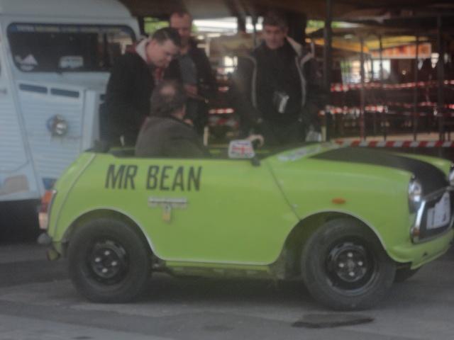 Exposition anciennes voitures des films/series TV a Noisy le Grand Dsc01328