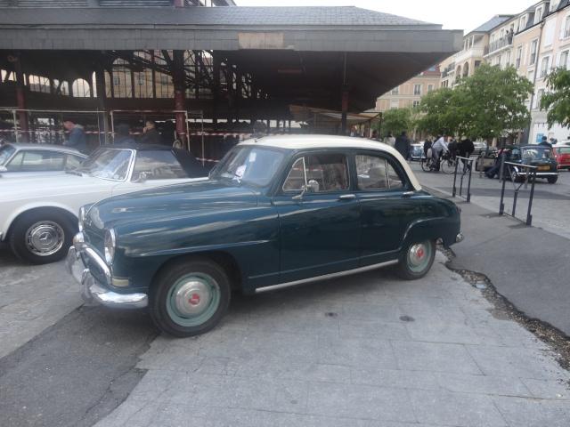 Exposition anciennes voitures des films/series TV a Noisy le Grand Dsc01331