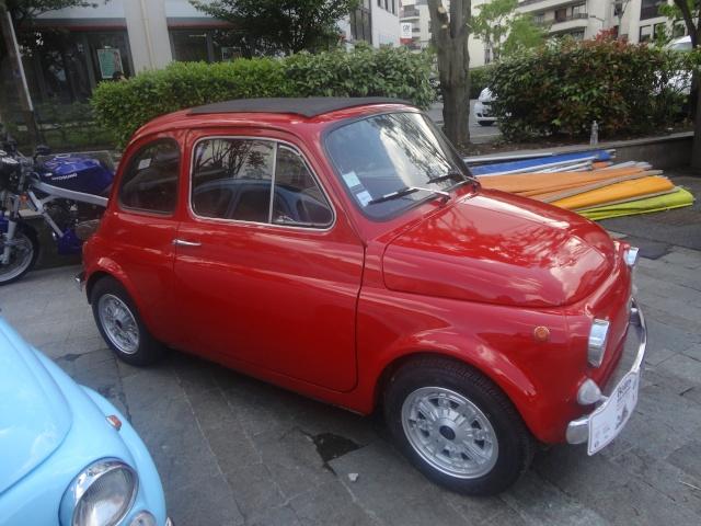 Exposition anciennes voitures des films/series TV a Noisy le Grand Dsc01334