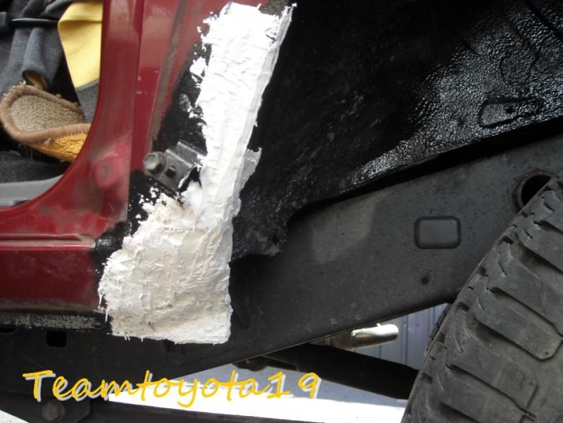 [Carrosserie] Cette corrosion commence à me chauffer ! Dscn0013