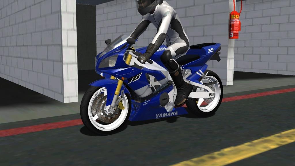 WIP Yamaha R1 Screen26