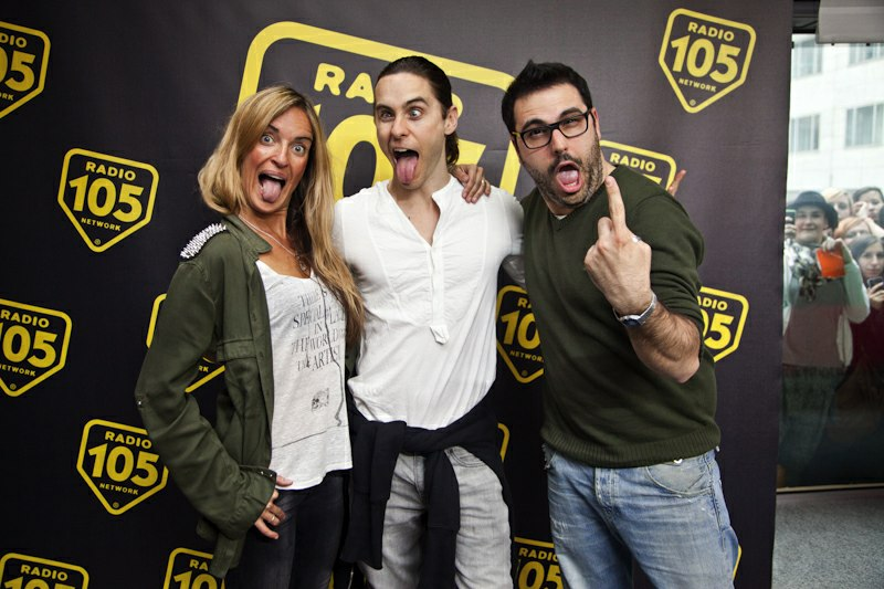 Jared Leto - video-chat sur une radio italienne RADIO105 Tumblr11