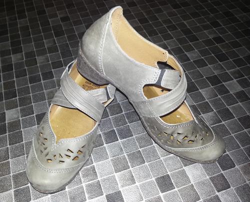 Frauen und Schuhe - Seite 15 20130510