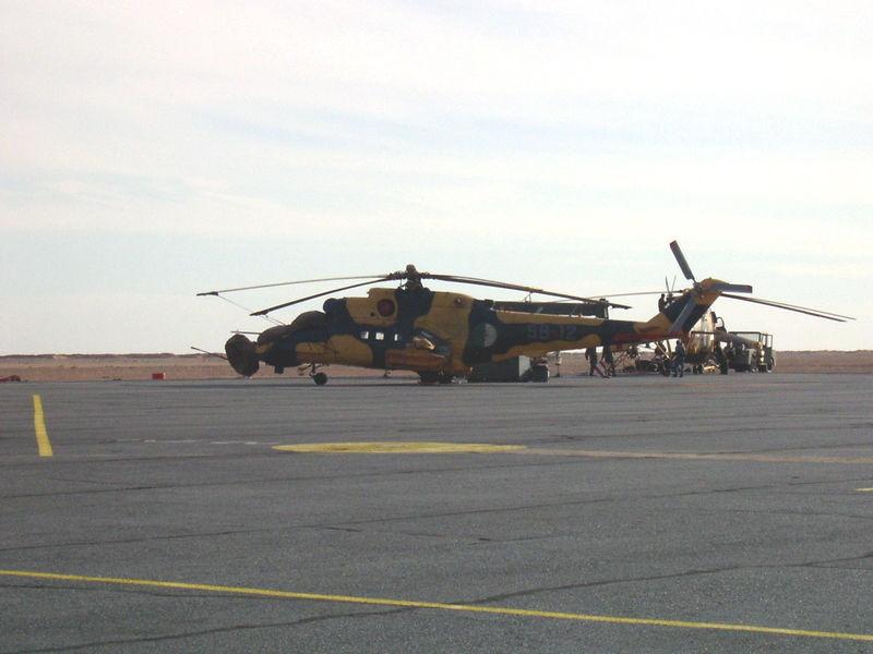 صور مروحيات Mi-24MKIII SuperHind الجزائرية 7087c410