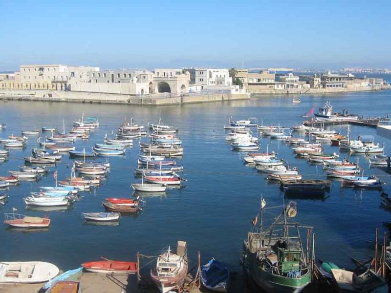 Photos de villes d'Algérie  Port_d10