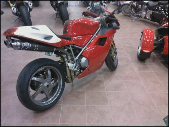 Odd things related to motorcycles Ducati10