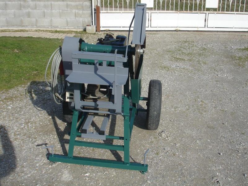 fabrication d'une scie a bois bi-motorisation Dsc00021