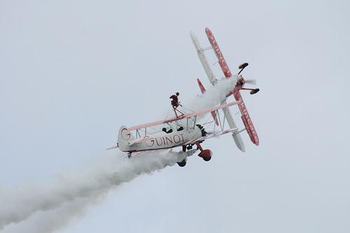 Rhyl Airshow 2009. - Page 3 Bipes10