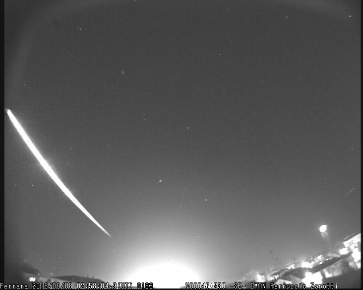 Fireball 2018.09.08_02.58.04 ± 1 U.T. M2018027